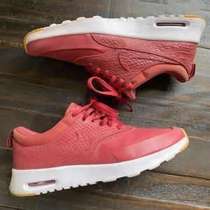 Cedar Maroon Gum Yellow Nike Air Max Thea Sneakers